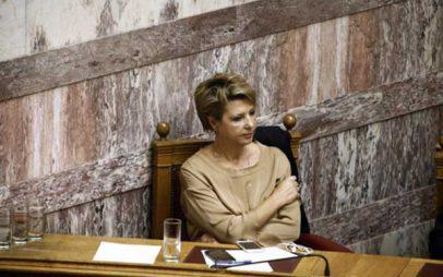 Πρωτοφανής επίθεση της Ο. Γεροβασίλη στο ΣτΕ – Φέρνουν νέο νόμο τη Δευτέρα για τις τηλεοπτικές άδειες