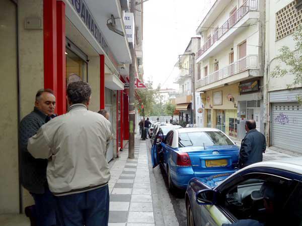 Κοζάνη: Δυναμικές κινητοποιήσεις από τους ταξιτζήδες που αντιδρούν στη νέα πιάτσα