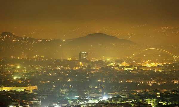 Η αιθαλομίχλη πνίγει κοινότητες του Ν. Κοζάνης από την καύση του ξυλοκάρβουνου