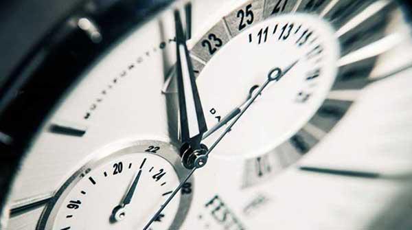 Δείτε πότε αλλάζει η ώρα σε χειμερινή  Πότε θα γυρίσουμε τα ρολόγια μία ώρα  πίσω a06e32d43b4