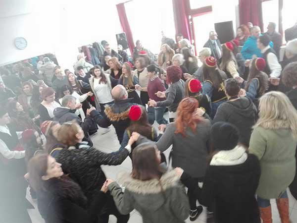 Με μεγάλη επιτυχία παρά τον καιρό πραγματοποιήθηκε  πρώτη γιορτή γιαπρακιού στα Πλατάνια