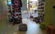 Η προσφορά του prlogos.gr:Ένα ζευγάρι παιδικό αθλητικό παπούτσι από το κατάστημα Βήμα-Βήμα