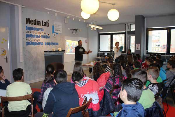 Ξεκίνησαν τα μαθήματα δημιουργικής γραφής για παιδιά στην Κοβεντάρειο Βιβλιοθήκη