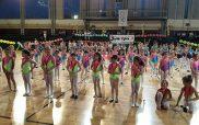 Ένα θεαματικό και συνάμα ευχάριστο πρόγραμμα επιδείξεων του γυμναστηρίου Σάντρα στο Δ.Α.Κ.