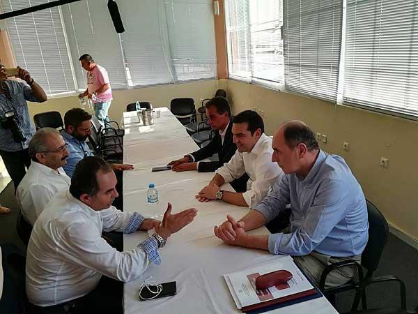 Θεατρική η συνάντηση του συντονιστικού για τη ΔΕΗ με τον Αλέξη Τσίπρα