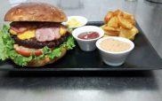 Μια γευστική βραδιά burger στην Tip-Top