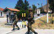 Εθνοφύλακες και έφεδροι κάνουν περιπολίες στα σύνορα της Καστοριάς (φωτό)