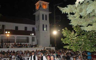 Μεγάλο γλέντι στην επετειακή εκδήλωση για τη συμπλήρωση 30 χρόνων από την ίδρυση του Συλλόγου Μεταξιωτών Κοζάνης