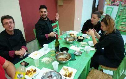 Η μαγειρική ομάδα του Εκθεσιακού Κέντρου Κοζάνης-Και οι επτά ήταν υπέροχοι