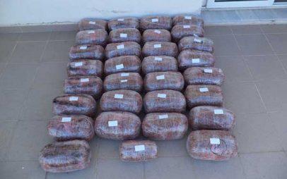 Δύο συλλήψεις σε περιοχές της Φλώρινας για διακίνηση  32 κιλών ακατέργαστης κάνναβης κρυμμένα σε ΙΧ