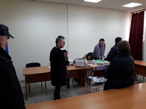 Ψηφίζουν οι Κοζανίτες για τον επικεφαλής της Κεντροαριστεράς
