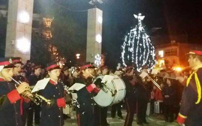 Φωταγωγήθηκε το χριστουγεννιάτικο δέντρο του Δήμου Εορδαίας
