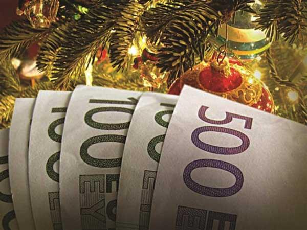 Μέχρι πότε καταβάλλεται το δώρο Χριστουγέννων-Τι γίνεται εάν δεν καταβληθεί