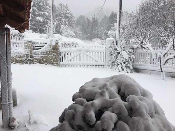 Χιόνισε στο Κατφύγι Πιερίων