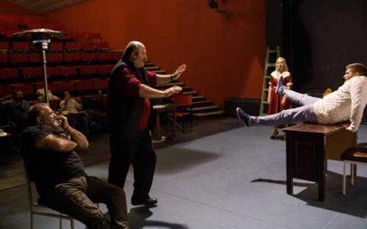 Η φαρσοκωμωδία «Μαλλιά Κουβάρια» σε σκηνοθεσία Γιάννη Καραχισαρίδη στο Θεατροδρόμιο Κοζάνης!