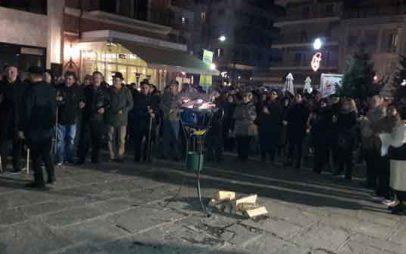 Ο σύλλογος Γρεβενιωτών Κοζάνης «Ο ΑΙΜΙΛΙΑΝΟΣ» παρουσίασε το δρώμενο Κοζανίτικου φανού στα Γρεβενά