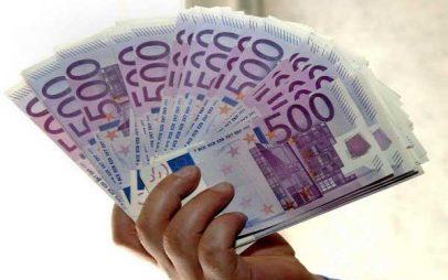 Έβλεπε στον ύπνο του «εφτάρια» και κέρδισε 100.000 ευρώ στα «χρυσά εφτάρια» του ΣΚΡΑΤΣ!