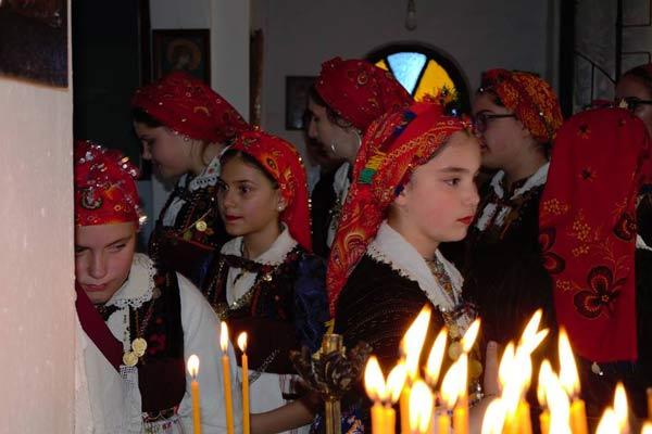Ο όρκος των Λαζαρίνων από τα νεαρά κορίτσια του Κρόκου και ο όρκος της αυγόπετσας