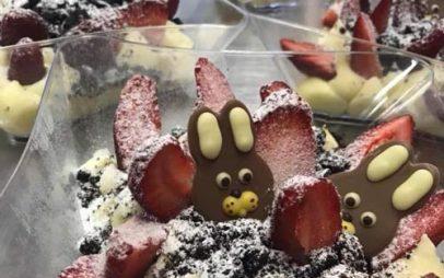 Deux K : Γλυκές απολαύσεις που θα κλείσουν ιδανικά το πασχαλινό τραπέζι, από την Κατερίνα Κορκά!