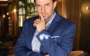 Ο διεθνής σεφ Νίκος Κουλούσιας αποκαλύπτει στο ράδιοΛόγος όλα τα μυστικά του βασιλικού γάμου!