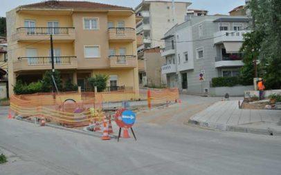 Εργασίες επί της οδού Ψαρών στην Κοζάνη και κατασκευή «κόμβου» κοντά στο δημοτικό πάρκο
