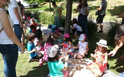 Μία όμορφη γιορτή για την ανακύκλωση πραγματοποιήθηκε στο Δημοτικό Πάρκο της Κοζάνης – Τα μικρά παιδιά διασκέδασαν και ενημερώθηκαν για την προστασία του περιβάλλοντος