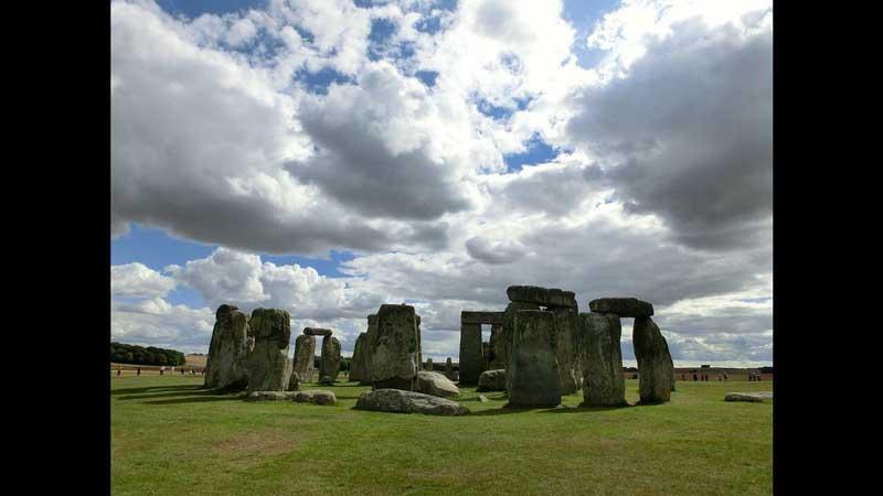 Υπάρχει σχέση του περίφημου Στόουνχεντζ με τους Αρχαίους Έλληνες και τον Μινωικό Πολιτισμό;