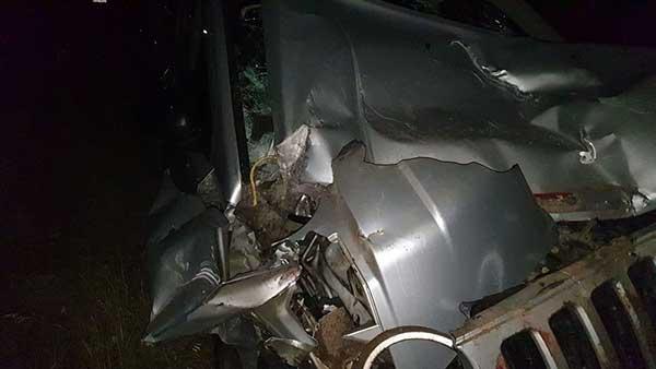 Άργος Ορεστικό: Σοκαριστικό τροχαίο Τζιπ με φορτηγό – Άγιο είχε η οδηγός 33