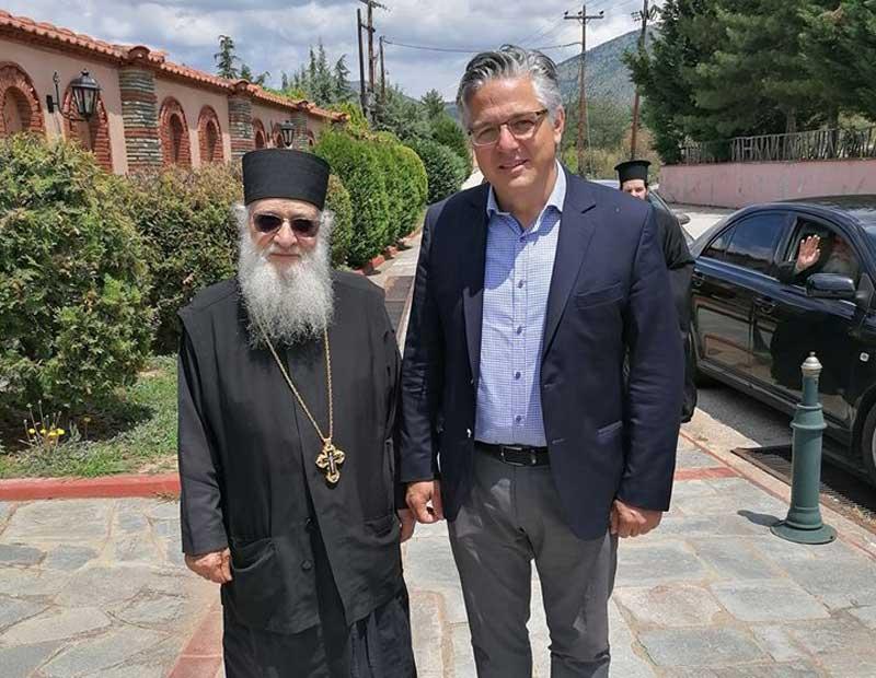 Ο πατήρ Στέφανος, ηγούμενος στο Δρυόβουνο  χειροθετήθηκε Αρχιμανδρίτης του Οικουμενικού Θρόνου από το Πατριαρχείο