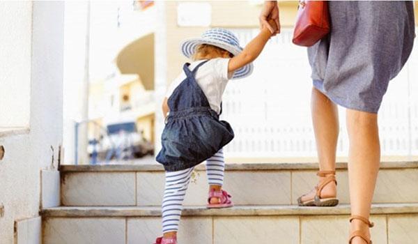 Φύλαξη παιδιών στην Κοζάνη