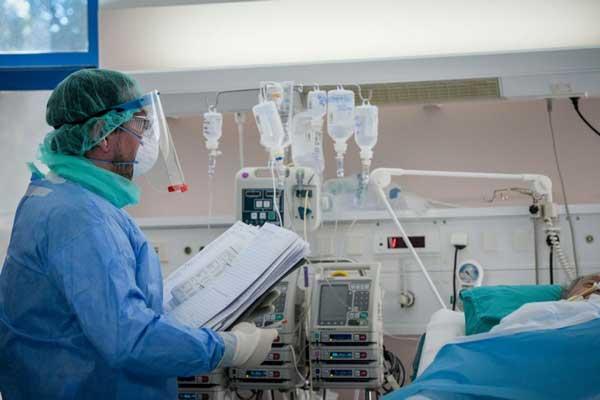 Επιτάσσονται στην Θεσσαλονίκη 2 ιδιωτικά θεραπευτήρια και το προσωπικό τους