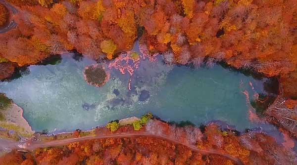Λίμνη Μουτσάλια στο Γράμμο: Ένα από τα ομορφότερα ορεινά υδάτινα οικοσυστήματα της Ελλάδας