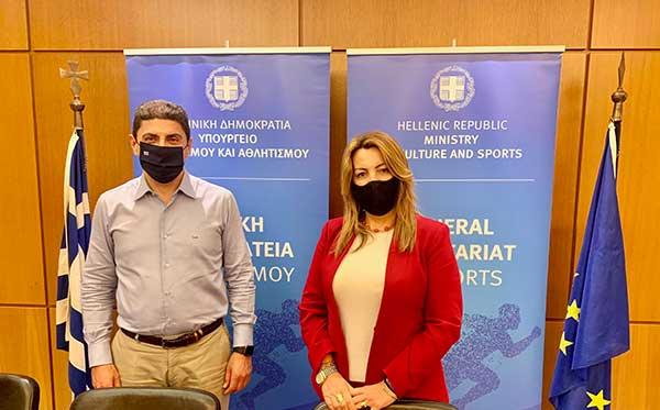 Συνάντηση Μαρίας Αντωνίου με τον Υφυπουργό Αθλητισμού Λευτέρη Αυγενάκη γιατο νέο γήπεδο του ΠΑΟΚ και το κέντρο ναυταθλητισμού της Καστοριάς