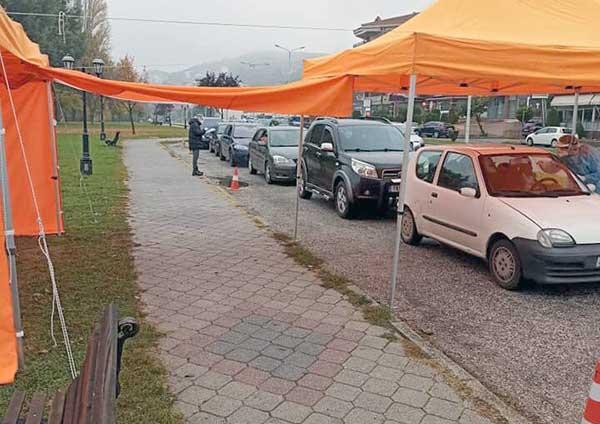 Kαστοριά κορονοιός: Αποτελέσματα rapid test drive through χθες και πόσα ήταν τα θετικά