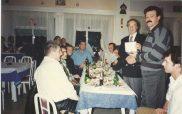 Ο αποχωρήσας πρόεδρος του Εθνικού Κοζάνης Γιάννης Κορκάς τιμάται από τους προπονητές του Εθνικού
