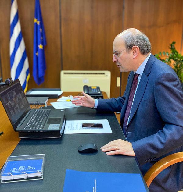 Κωστής Χατζηδάκης: Καταβολή έκτακτου επιδόματος 400 ευρώ σε γιατρούς, δικηγόρους, μηχανικούς, οικονομολόγους και γεωτεχνικούς