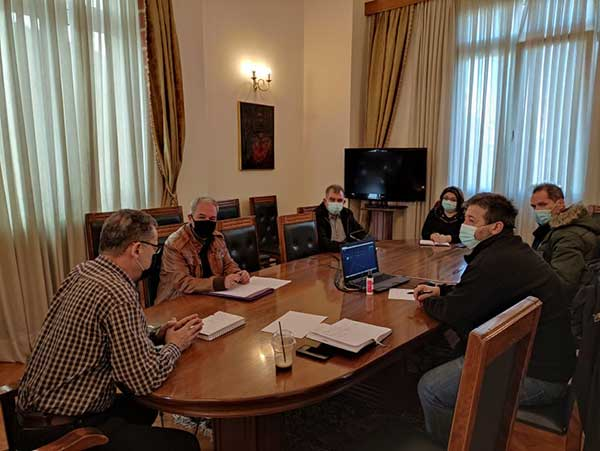 Συνάντηση του δημάρχου Κοζάνης Λάζαρου Μαλούτα με το προεδρείο του Συλλόγου Εκπαιδευτικών Πρωτοβάθμιας Εκπαίδευσης Κοζάνης