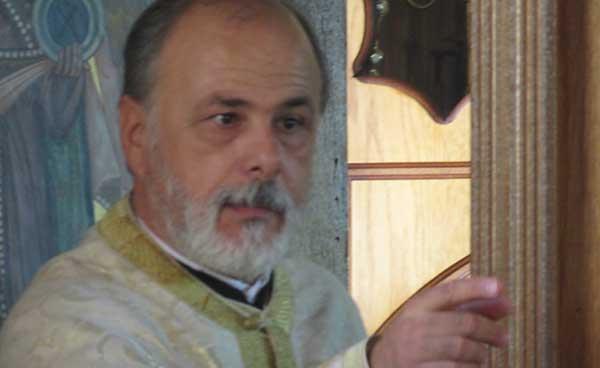 Έφυγε από τη ζωή ο ιερέας και εκπαιδευτικός Γιώργος Τσιφτσής από την Καρυδίτσα