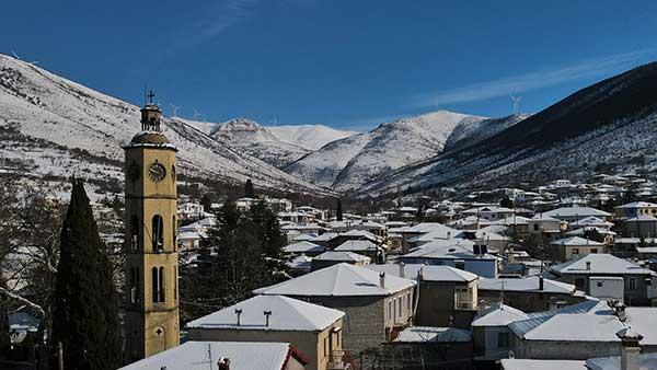 Πανοραμικές φωτογραφίες από την χιονισμένη Εράτυρα
