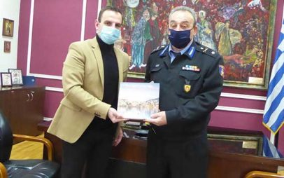 Ο διοικητής Περιφερειακής Πυροσβεστικής Υπηρεσίας Δυτικής Μακεδονίας, Αρχιπύραρχος Σωτήριος Κορέλας επισκέφτηκε τον δήμαρχο Καστοριάς Γιάννη Κορεντσίδη