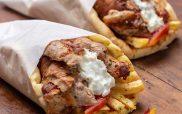 Σαφράν grill: Υπέροχα τυλιχτά με χειροποίητη πίτα