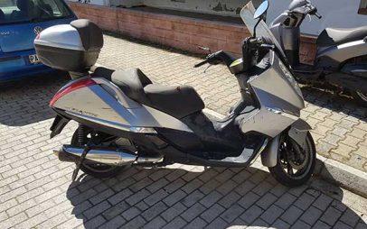 Πωλείται Aprilia Atlantic 500 '02 Mega Scooter!