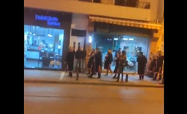 Χάλκινοι ήχοι από την Πανδώρα στους δρόμους της Κοζάνης
