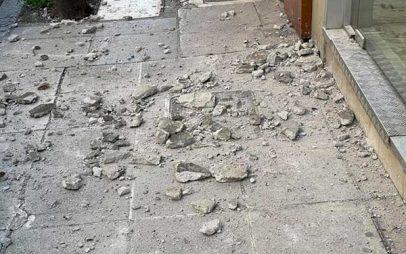 Έπεσαν σοφάδες στο κέντρο της Λάρισας