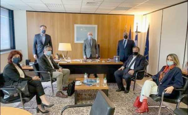 Συνάντηση του Περιφερειάρχη με τους Βουλευτές Δ. Μακεδονίας για τις ζημιές που υπέστησαν οι δεντροκαλλιεργητές