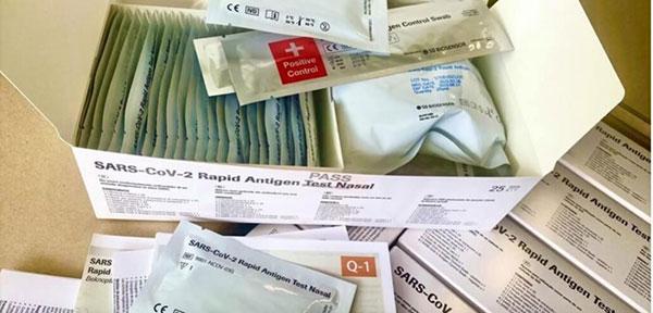 Παρέλαβαν 11.250 self test οι φαρμακοποιοί στην Κοζάνη – Από την Παρασκευή η διάθεσή τους