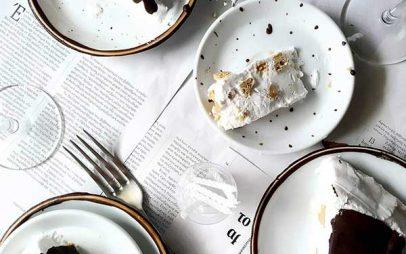 The 3 Cooks: Τούρτα παγωτό με μπισκότα βρώμης