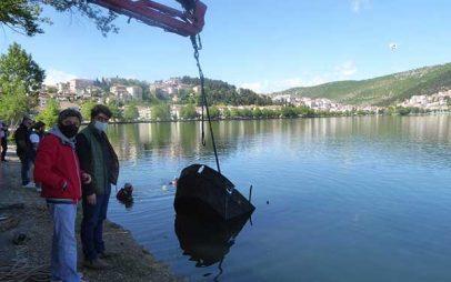Το μοτόρι του Νανά – Η ανέλκυση από τη λίμνη της Καστοριάς