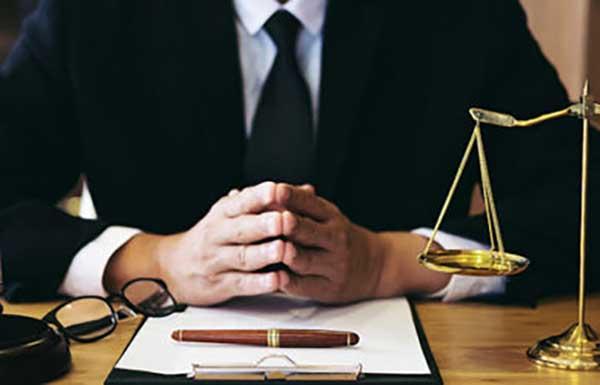 Επιχορήγηση Αυτοαπασχολούμενων Δικηγόρων