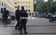 Μονή Πετράκη: Σοβαρά δύο Μητροπολίτες από την επίθεση με το καυστικό υγρό – Ποιος είναι ο δράστης